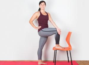 5 poses simples de yoga contre le mal de dos therapeutes magazine. Black Bedroom Furniture Sets. Home Design Ideas