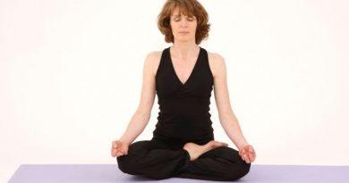 Ardha Padmasana : posture du demi-lotus