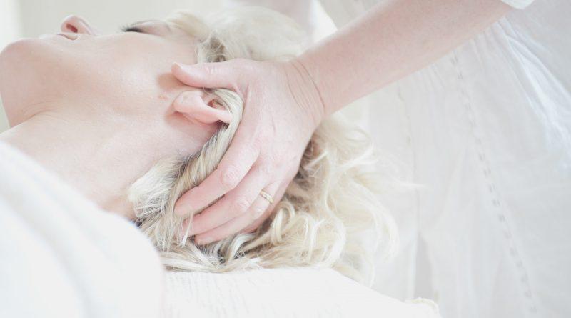 Les masques nutritifs des cheveux secs