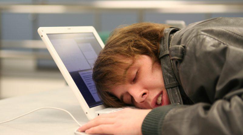 7 habitudes avant de dormir pour ne plus jamais vous réveiller fatigué(e)
