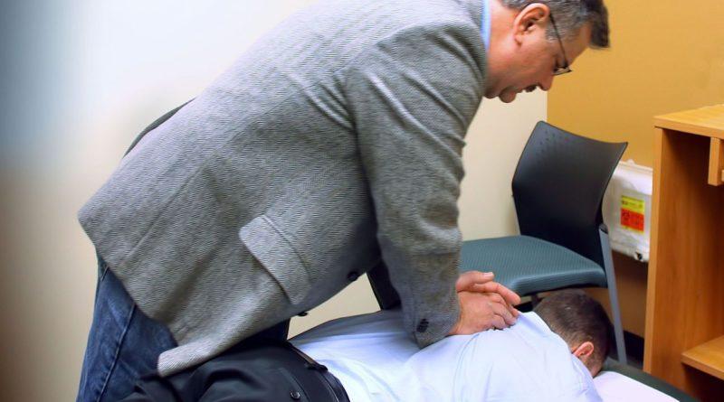 Soigner la tendinite du psoas avec l'ostéopathie
