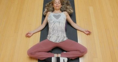 Supta Baddha Konasana : posture de la déesse du sommeil