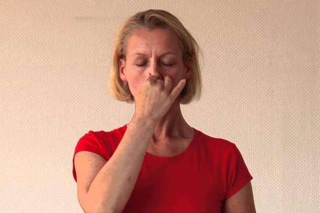 Suryabhedana Pranayama : exercice de respiration du soleil