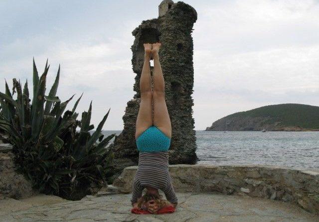 Salamba Sirsasana : posture sur la tête soutenue