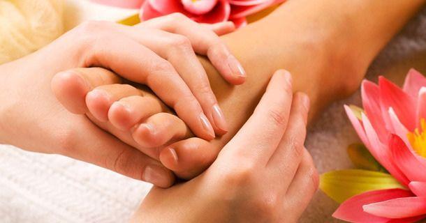"""Ayurveda : Les nombreux atouts du massage des pieds """"Padabhyanga"""""""